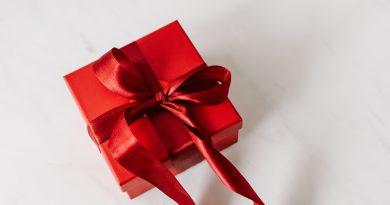wstążki prezentowe
